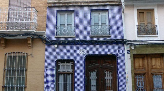 El Cabayanal, Valence